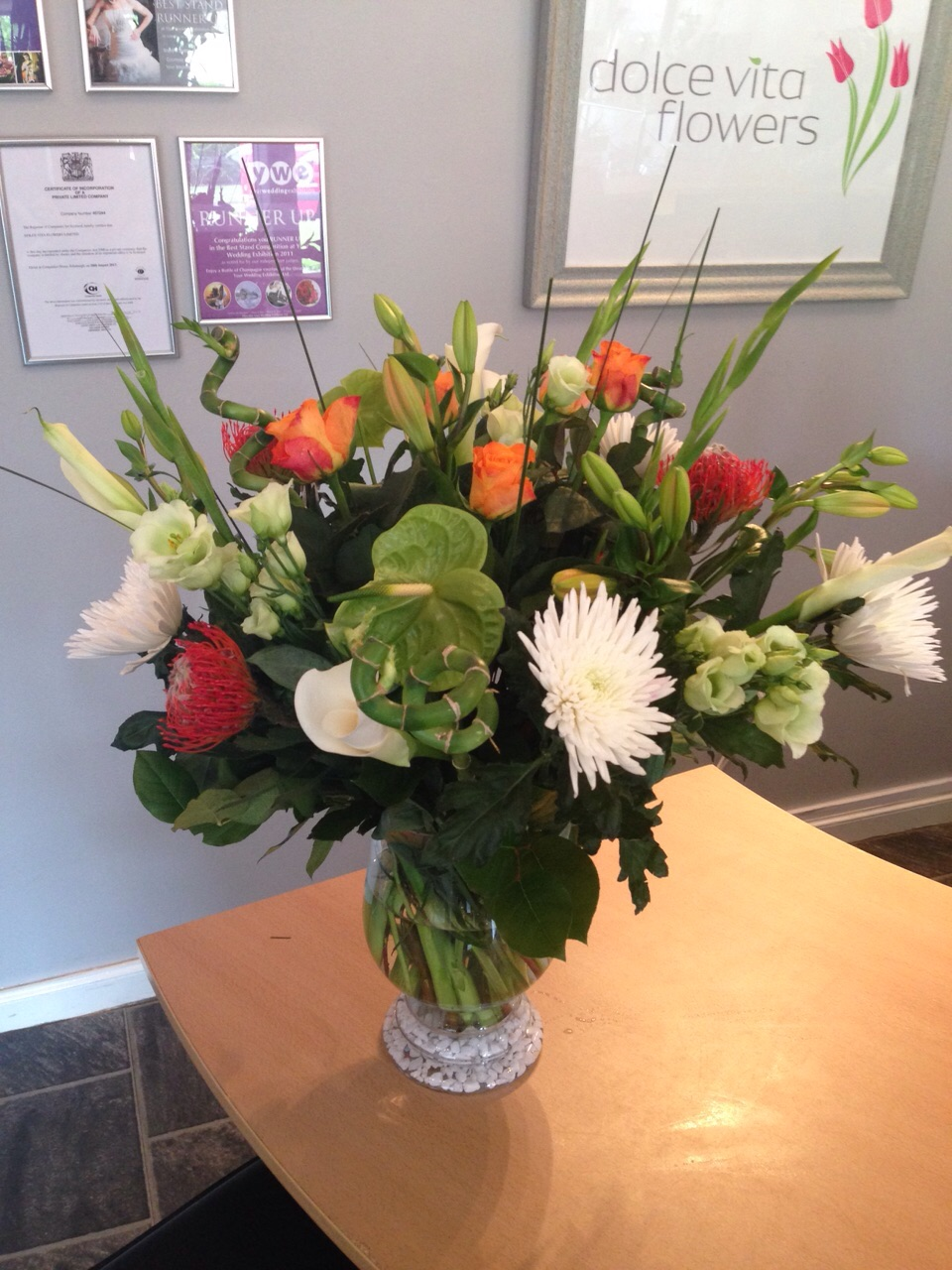 Bouquets delivery in aberdeen inverurie by dolce vita flowers bouquets for same day delivery in aberdeen inverurie izmirmasajfo